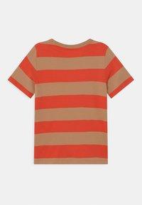 ARKET - Print T-shirt - red - 1