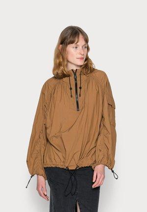 PARACHUTE WINDBREAKER - Windbreaker - brown ochre