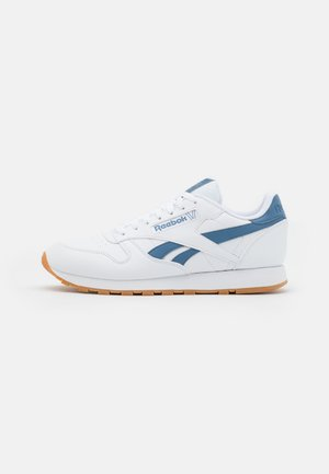 CL VEGAN UNISEX - Trainers - footwear white/blue slate