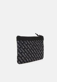 Versace Jeans Couture - UNISEX - Bolso de mano - black - 1
