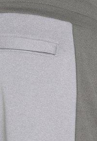 Hi-Tec - RAY JOGGERS - Tracksuit bottoms - grey - 6