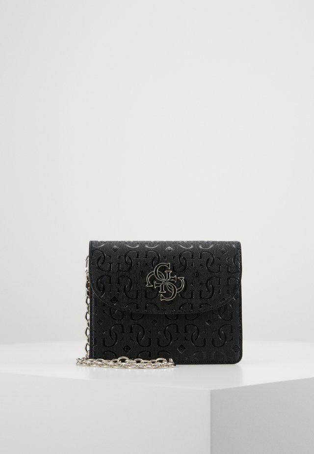 CHIC SHINE MINI CROSSBODY FLAP - Skulderveske - black