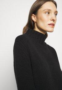 J.CREW - MOCKNECK SWEATER DRESS - Sukienka dzianinowa - black - 3