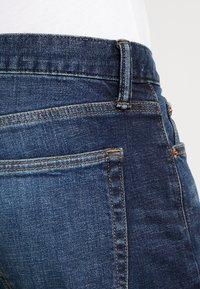 GAP - DARK CYPRESS - Straight leg jeans - tinted blue - 3