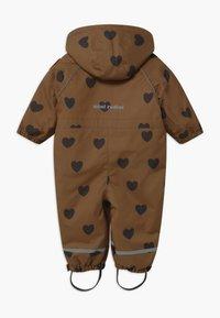 Mini Rodini - ALASKA HEARTS - Lyžařská kombinéza - brown - 1