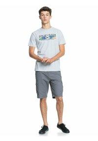 Quiksilver - DISTANT SHORES - Print T-shirt - athletic heather - 1