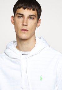 Polo Ralph Lauren - MAGIC - Sweat à capuche - white - 8