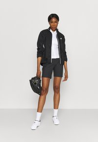 Vaude - WOMENS CYCLIST SHORTY - kurze Sporthose - black - 1