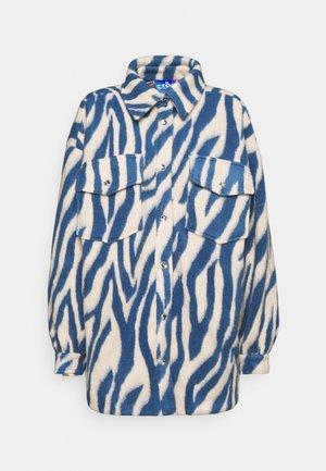 PORTERCRAS - Krátký kabát - brunnera blue