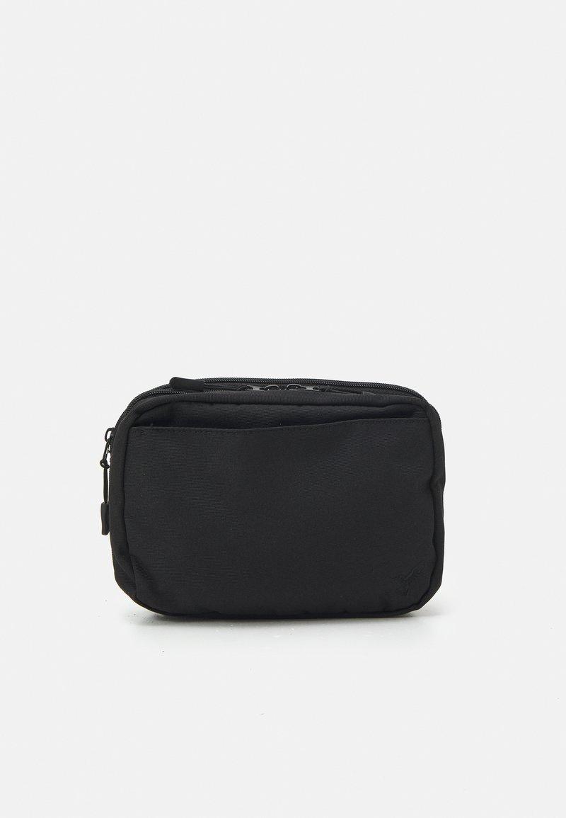 Pier One - UNISEX - Kosmetická taška - black