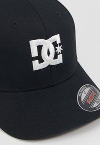 DC Shoes - CAP STAR 2 BOY - Kšiltovka - black - 2