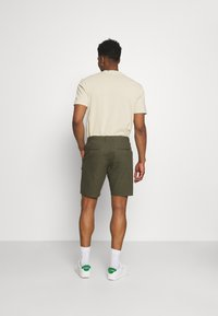 Only & Sons - ONSLEO - Shorts - olive night - 2