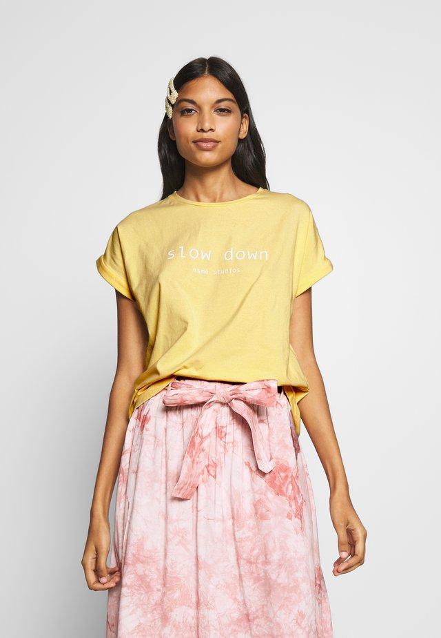 FAITH - T-shirt print - golden haze