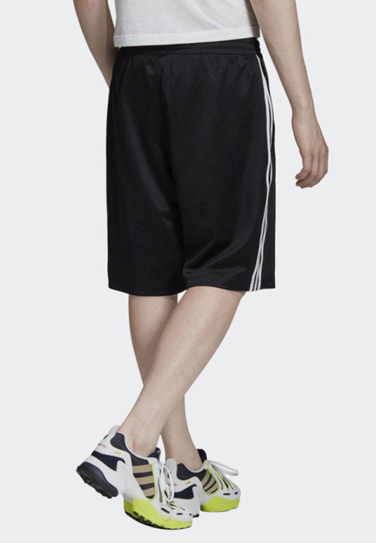 miliardo finanziario Amata  adidas Originals MONOGRAM SHORTS - Short - black/noir - ZALANDO.BE