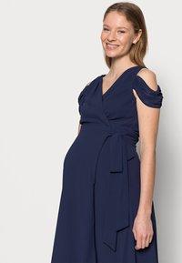 TFNC Maternity - TANYA MAXI - Galajurk - navy - 3