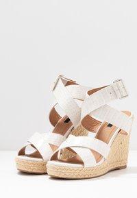 ONLY SHOES - ONLAMELIA WRAP  - Korolliset sandaalit - white - 4