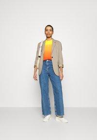 Calvin Klein Jeans - DIP DYE MUSCLE TEE - Top - yellow - 1