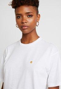 Carhartt WIP - CHASY - Basic T-shirt - white - 3