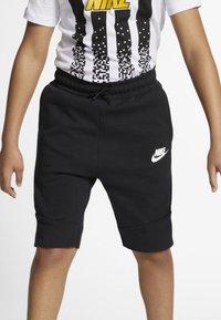 Nike Sportswear - SHORT - Short - black/white - 0