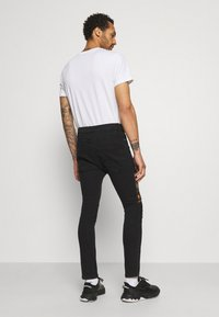 Brave Soul - ROBBIN CAMOO - Jeans Skinny Fit - charcoal wash - 2