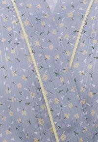 Becksöndergaard - PICOLA LIBERTE KIMONO - Dressing gown - forever blue - 2