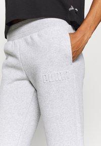 Puma - MODERN BASICS PANTS  - Pantalones deportivos - light gray heather - 5