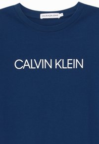 Calvin Klein Jeans - INSTITUTIONAL - T-shirt print - blue - 2