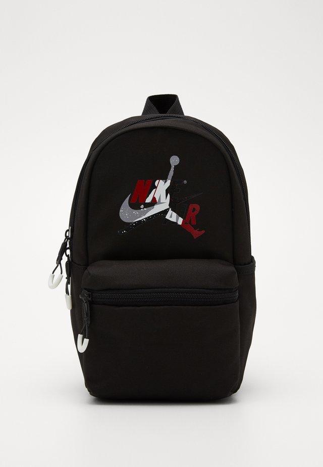 JUMPMAN CLASSICS DAYPACK - Batoh - black/gym red