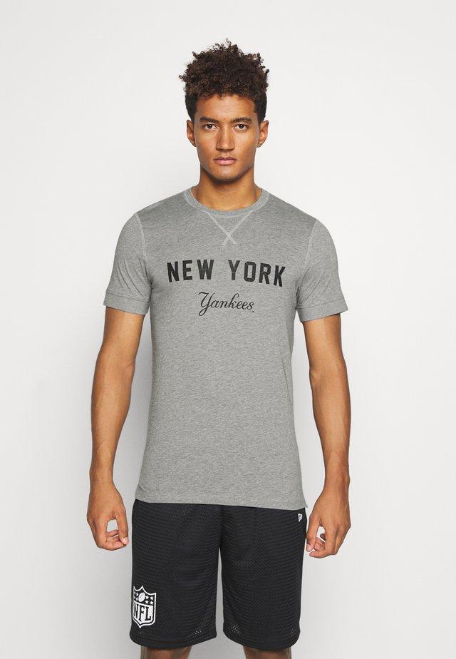 NEW YORK YANKEES MLB HERITAGE - Klubové oblečení - light grey heather