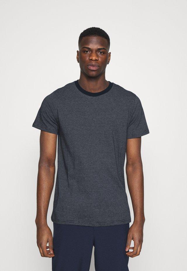 UNISEX ADAM - T-shirts med print - navy blazer