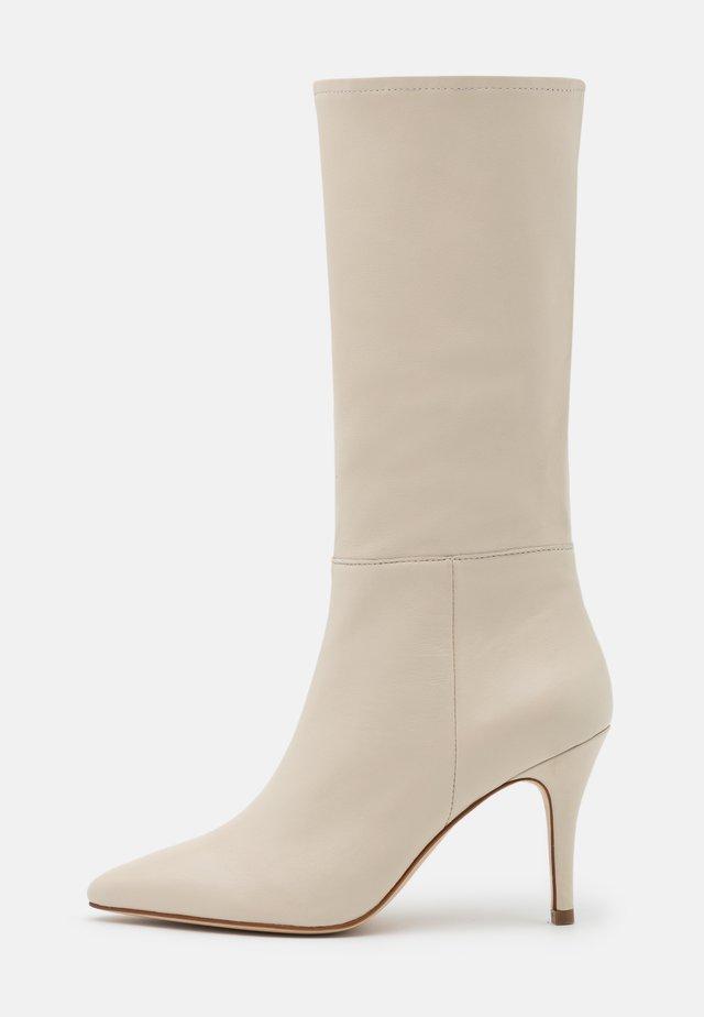 ANCHOTTA - Vysoká obuv - ivoire