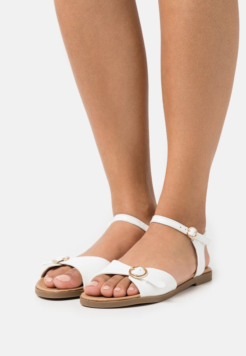 Head over Heels by Dune - LANNY - Sandały - white