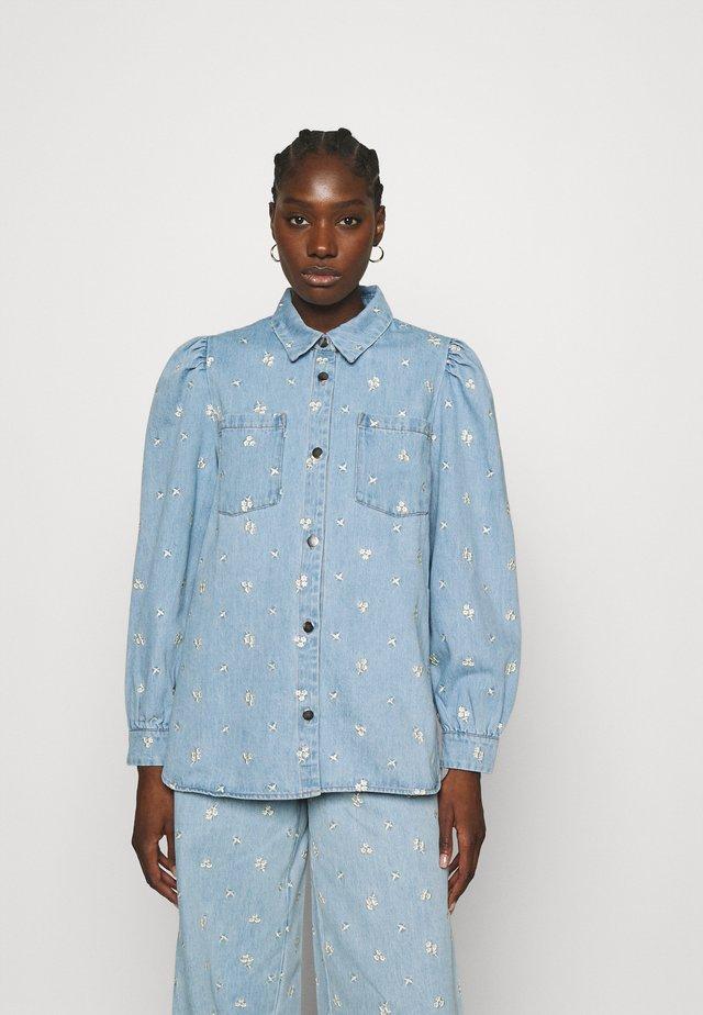 Košile - washed denim