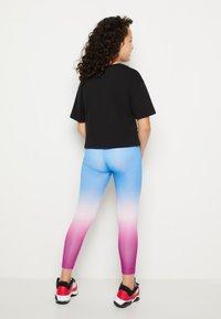 Jordan - JORDAN ESSENTIALS - Legging - hyper violet - 2