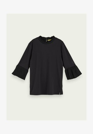 WITH PLEATED DETAILS - Blouse - black