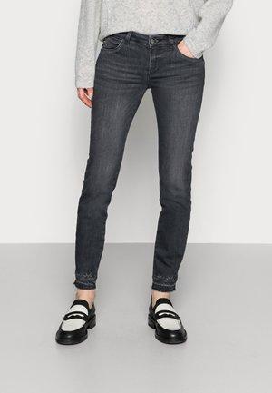 SUMNER  - Slim fit jeans - grey wash