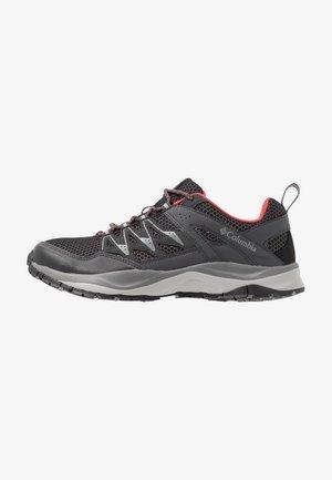 WAYFINDER - Hiking shoes - black/coral