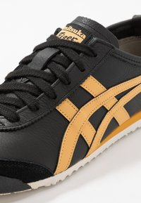 Onitsuka Tiger - MEXICO 66 - Sneakers basse - black/honey gold - 5