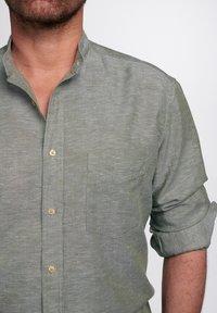 Eterna - REGULAR FIT - Shirt - olivgrün - 2