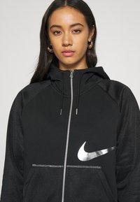 Nike Sportswear - Sweatjacke - black/metallic silver - 4