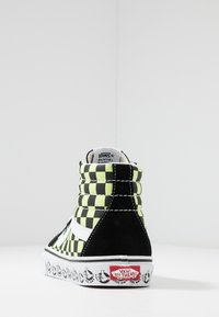 Vans - SK8 REISSUE - High-top trainers - black/sharp green - 3