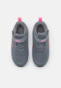 Nike Sportswear - WEARALLDAY UNISEX - Baskets basses - smoke grey/metallic copper/pink glow - 3