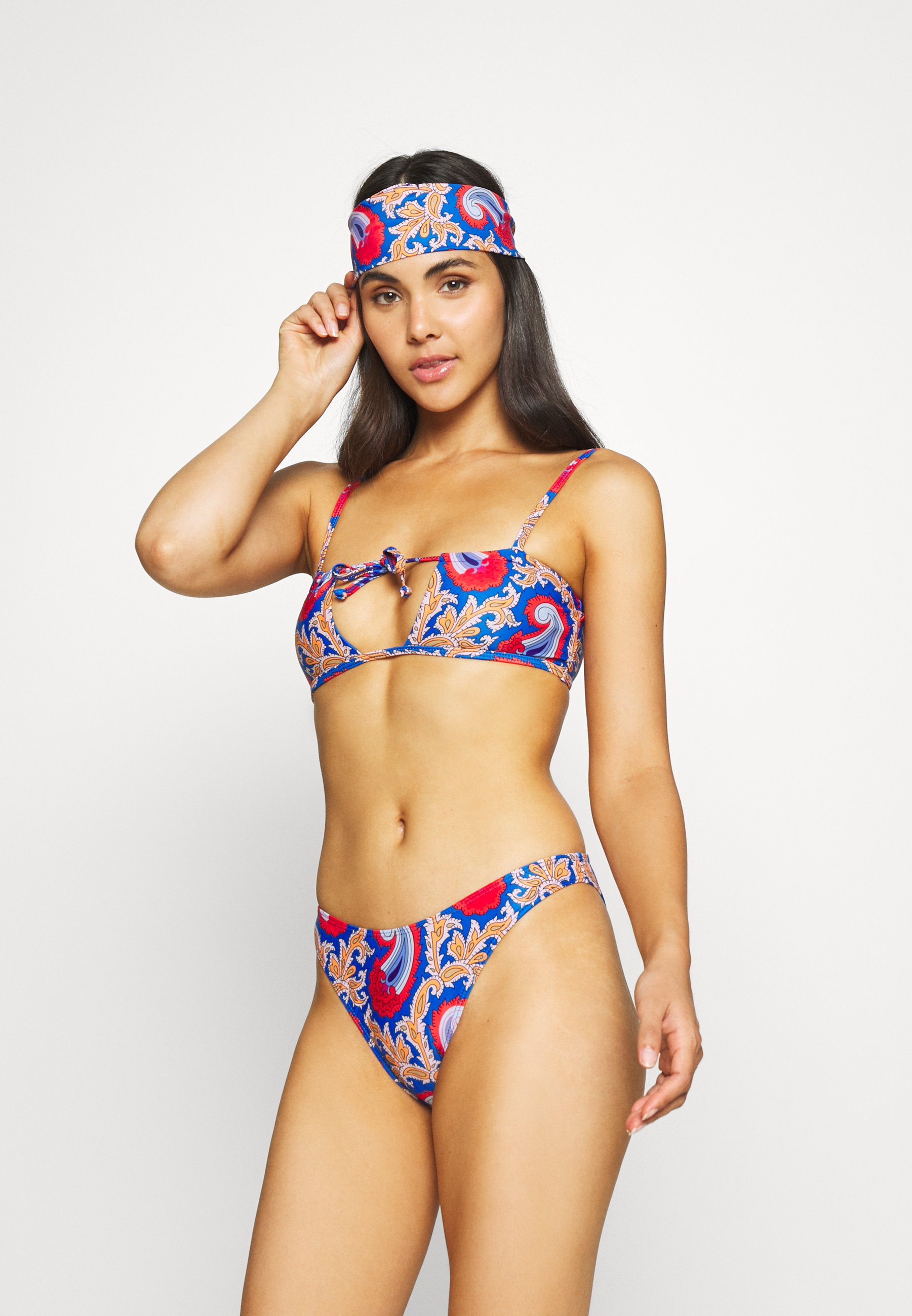 Women SCARF CUT OUT SET WITH HEAD SCARF - Bikini