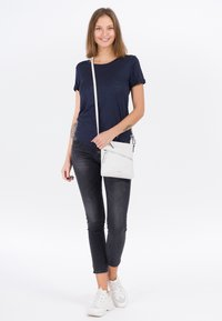 Tamaris - ALESSIA - Across body bag - white - 0