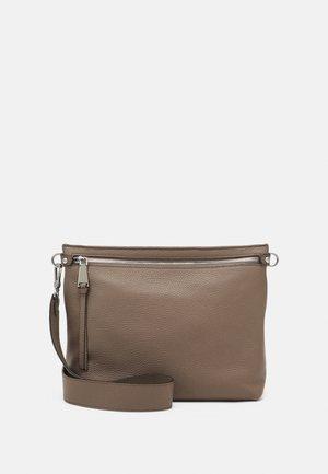 LINNA - Across body bag - taupe