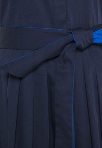 kate spade new york - POPLIN COLORBLOCK DRESS - Shift dress - squid ink - 6