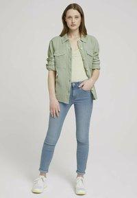 TOM TAILOR DENIM - Button-down blouse - light dusty green - 1