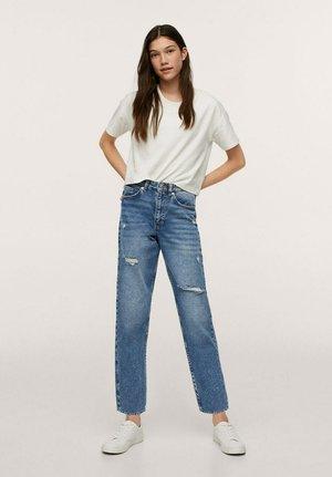 MOM-FIT MET DECORATIEVE SCHEUREN - Slim fit jeans - middenblauw