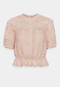 Forever New Petite - AMY PEPLUM BLOUSE - Camiseta estampada - blush - 0