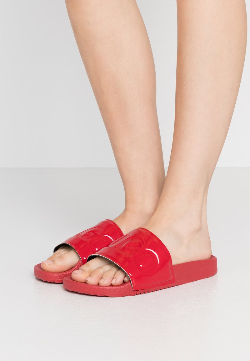 HUGO - TIME OUT SLIDE - Pantofle - red